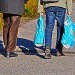 63% wünschen sich Pfandgebühr auf Plastiktüten auch in Deutschland