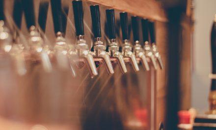 """OmniQuest-Studie """"FastInsights Biergenuss"""" – Zwei Drittel der deutschen Biertrinker unterstützen lokale und regionale Brauereien"""
