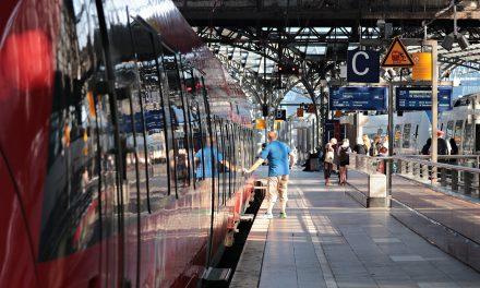 78% befürworten kostenlose Bahnfahrten für Freiwilligendienstleistende