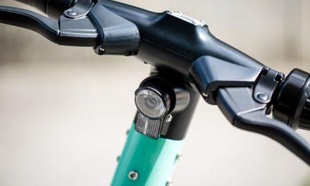 56% wünschen sich mehr Kontrollen und höhere Bußgelder bei E-Roller-Verkehrsverstößen