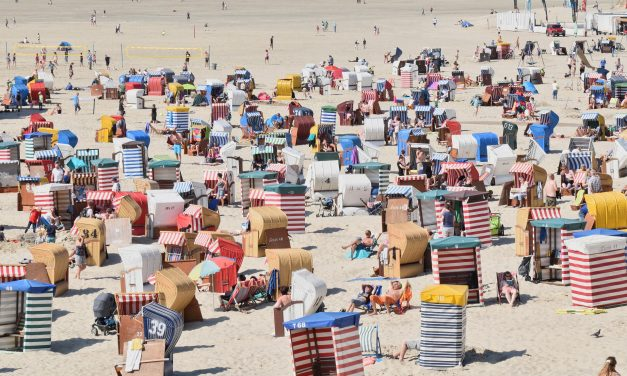 44% lehnen Neuregelung der Sommerferientermine ab