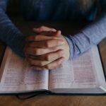84% lehnen Gendersternchen in Bibel ab